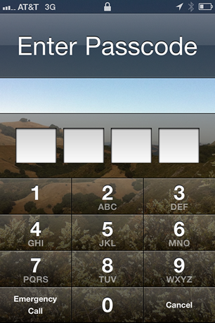 2_iphone_unlock_homescreen